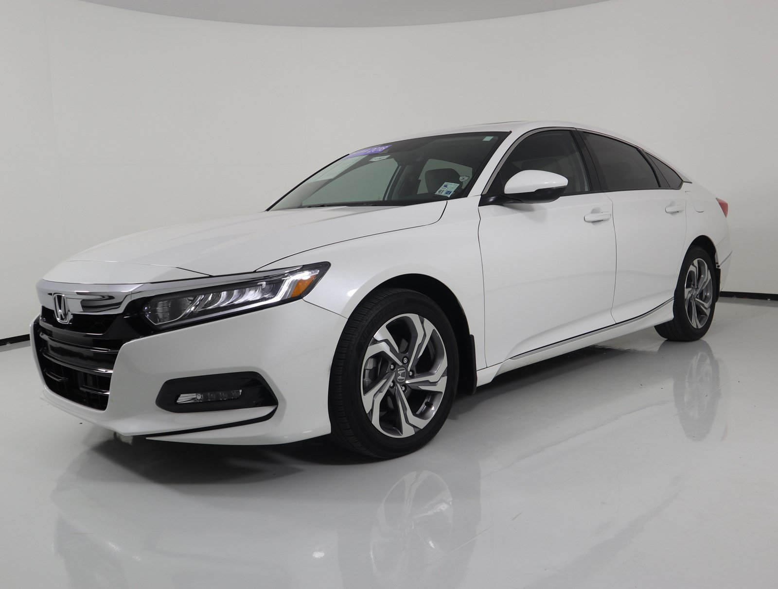2018 Honda Accord Sedan >> Certified Pre Owned 2018 Honda Accord Sedan Ex L Navi 1 5t